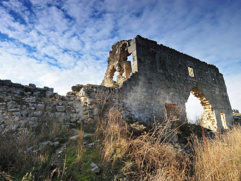 пещерный город Мангуп — Кале