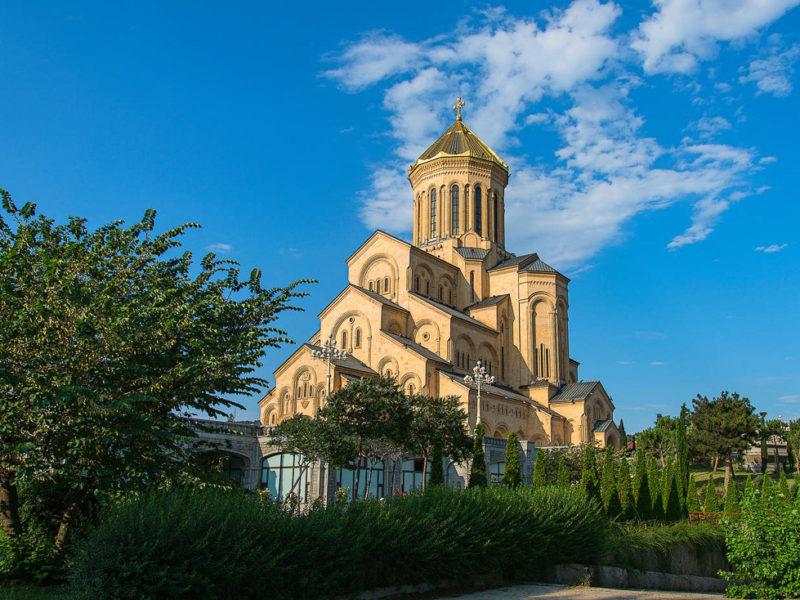 «Грузия – земля, дарованная Богом» — автобусный тур из Севастополя
