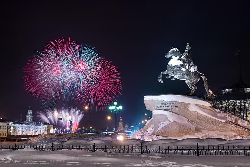 """""""Новый год в Санкт-Петербурге"""" - автобусный тур из Крыма (Севастополя)."""