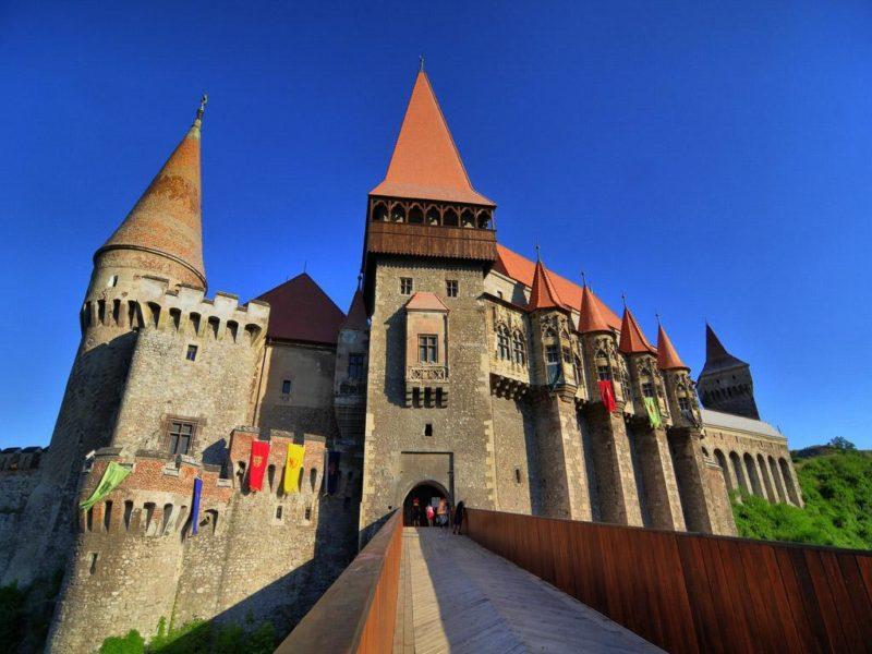 Тур по Румынии «Средневековые города и замки Трансильвании». Турфирма Л-Тур, Севастополь.